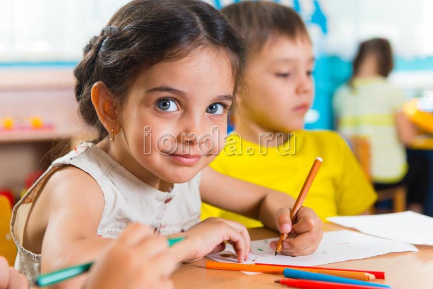 Как повысить уровень образования детей и каким должно быть отношение к учителю?