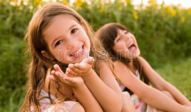 Забота и внимание для детей – важные аспекты в воспитании.