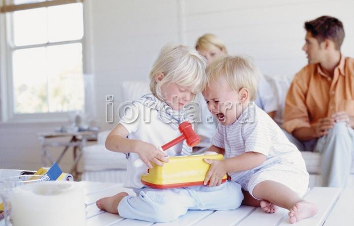 Нарушение личных границ берёт начало в родительской семье